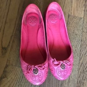 AUTHENTIC TORY BURCH 6.5 IN SIZE -GOOD